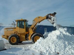 Уборка снега спецтехникой